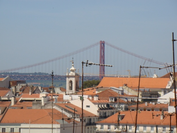 A glimpse of the bridge from the city